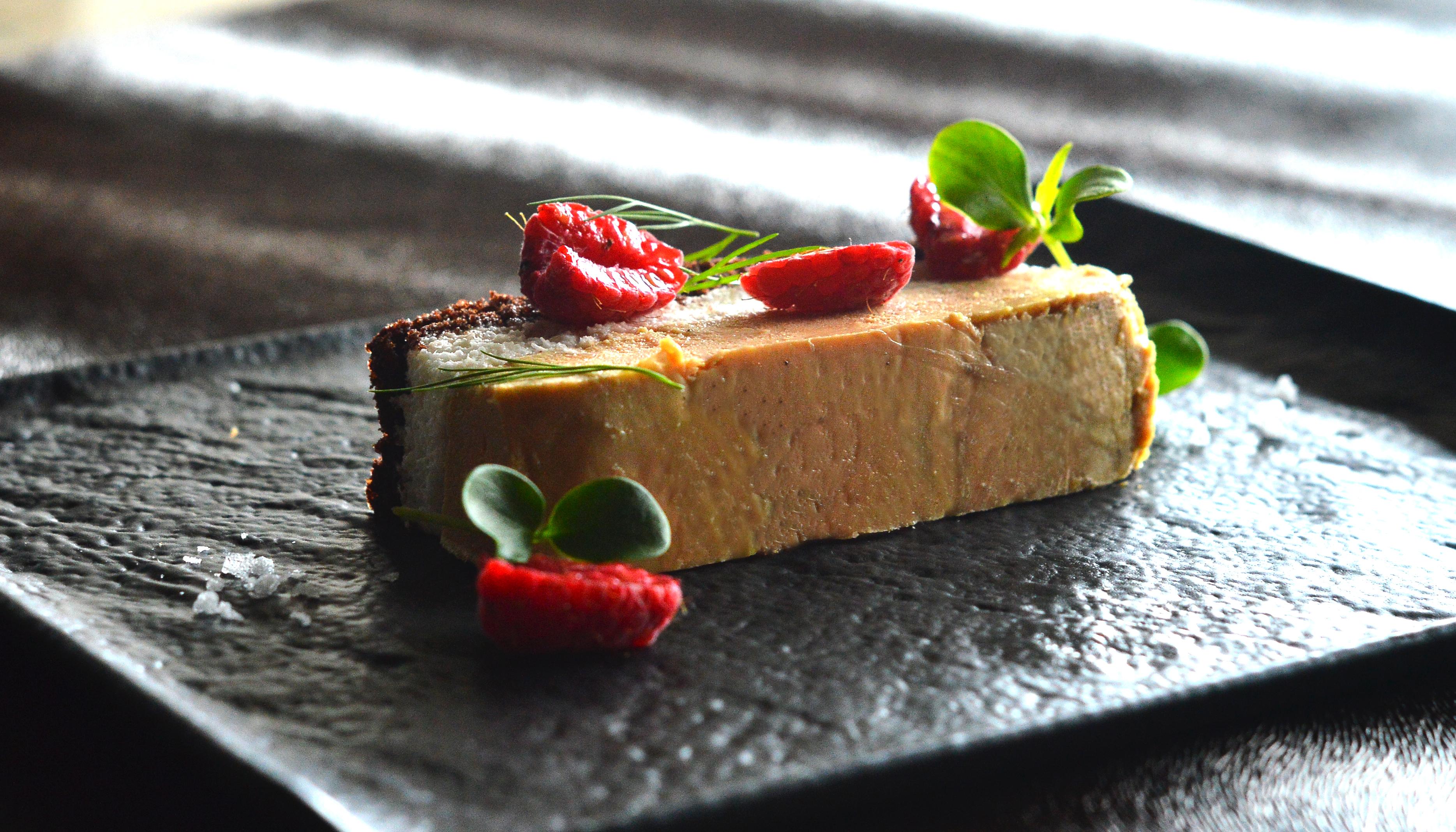 Foie-gras, cioccolato, baccalà e lamponi